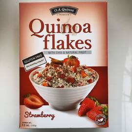 Organic strawberry flakes